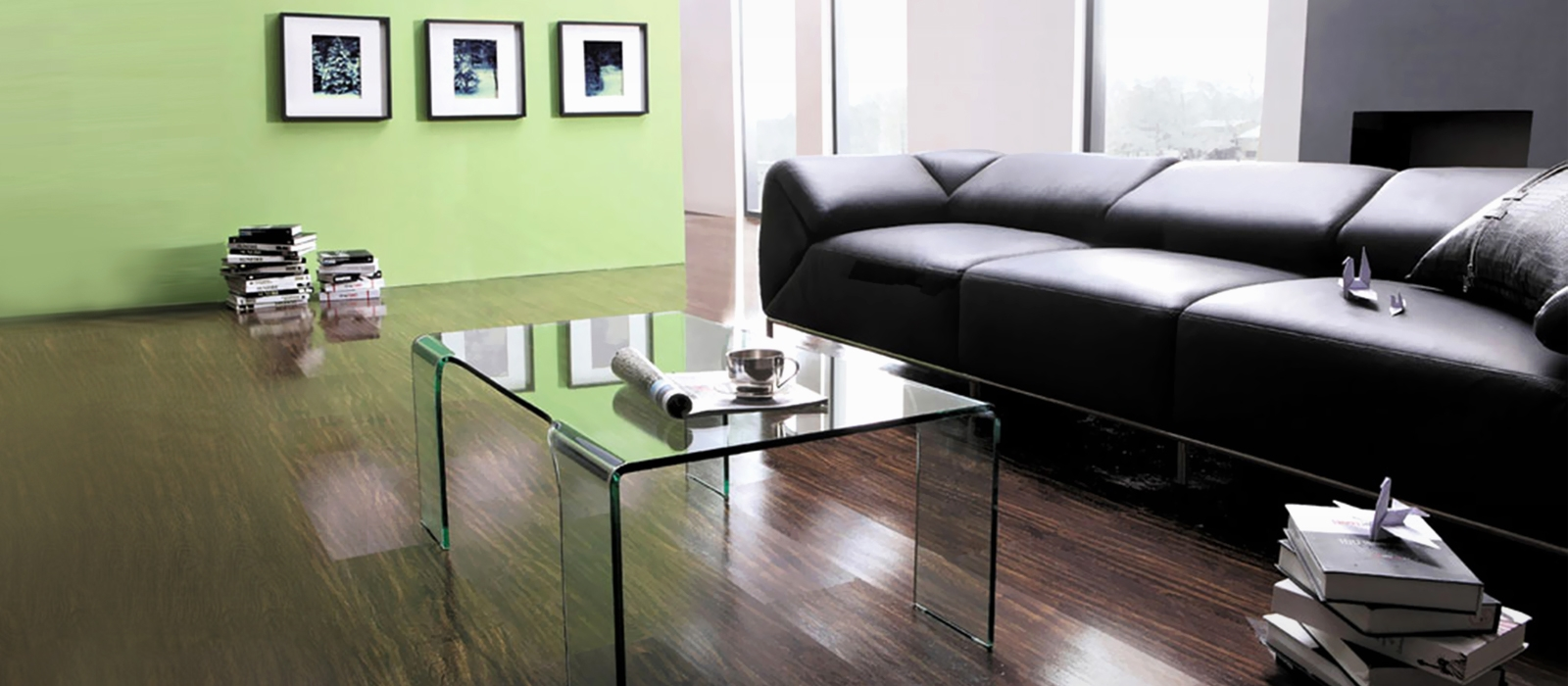 Clear glass coffee table on legs - Glass Tables Online
